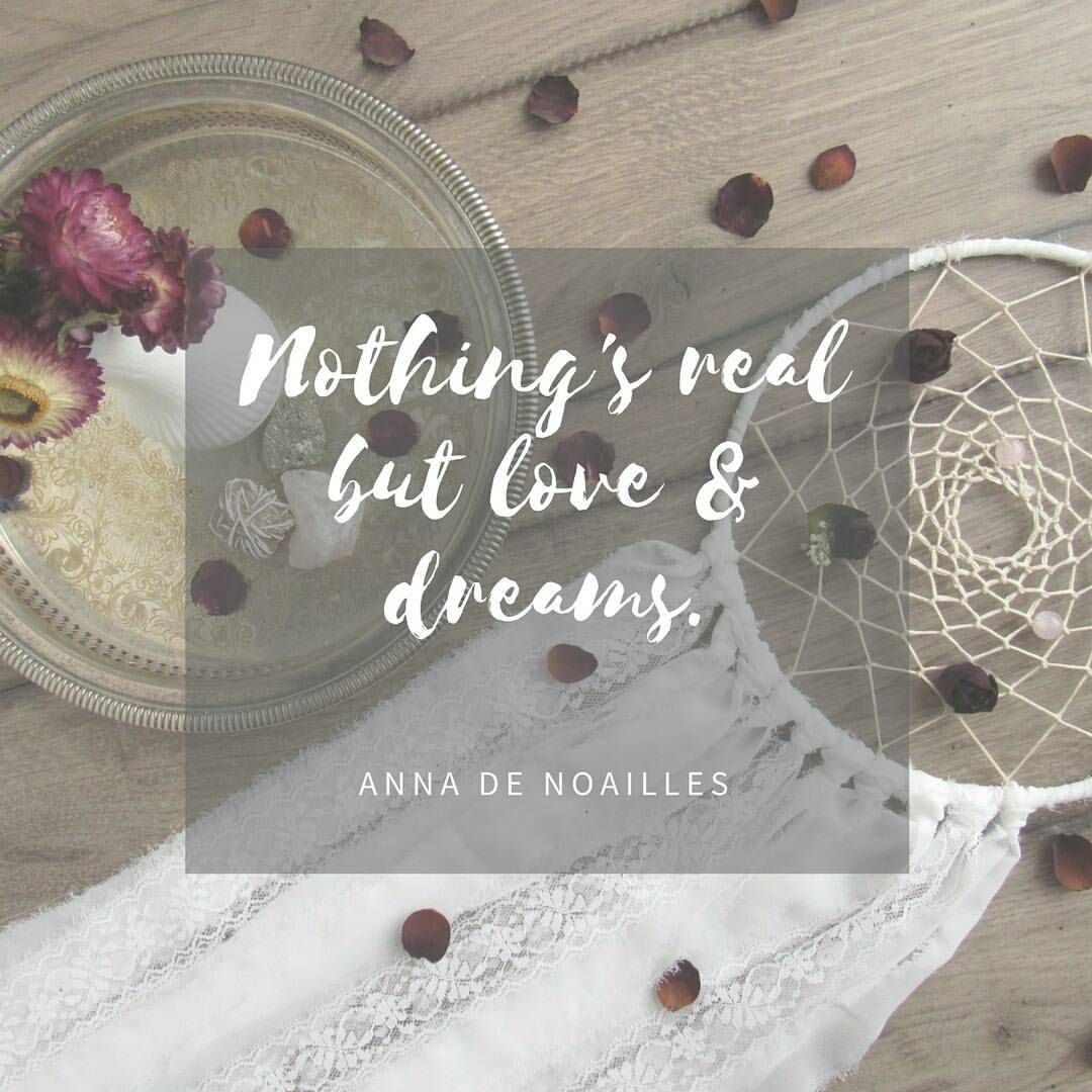 》nothing's real but love & dreams《 happy love day everyone! ❤🌷#love #valentines #loveday #romantic #greenbloomdesign #dreamcatcher #dreambig #lace #etsyseller