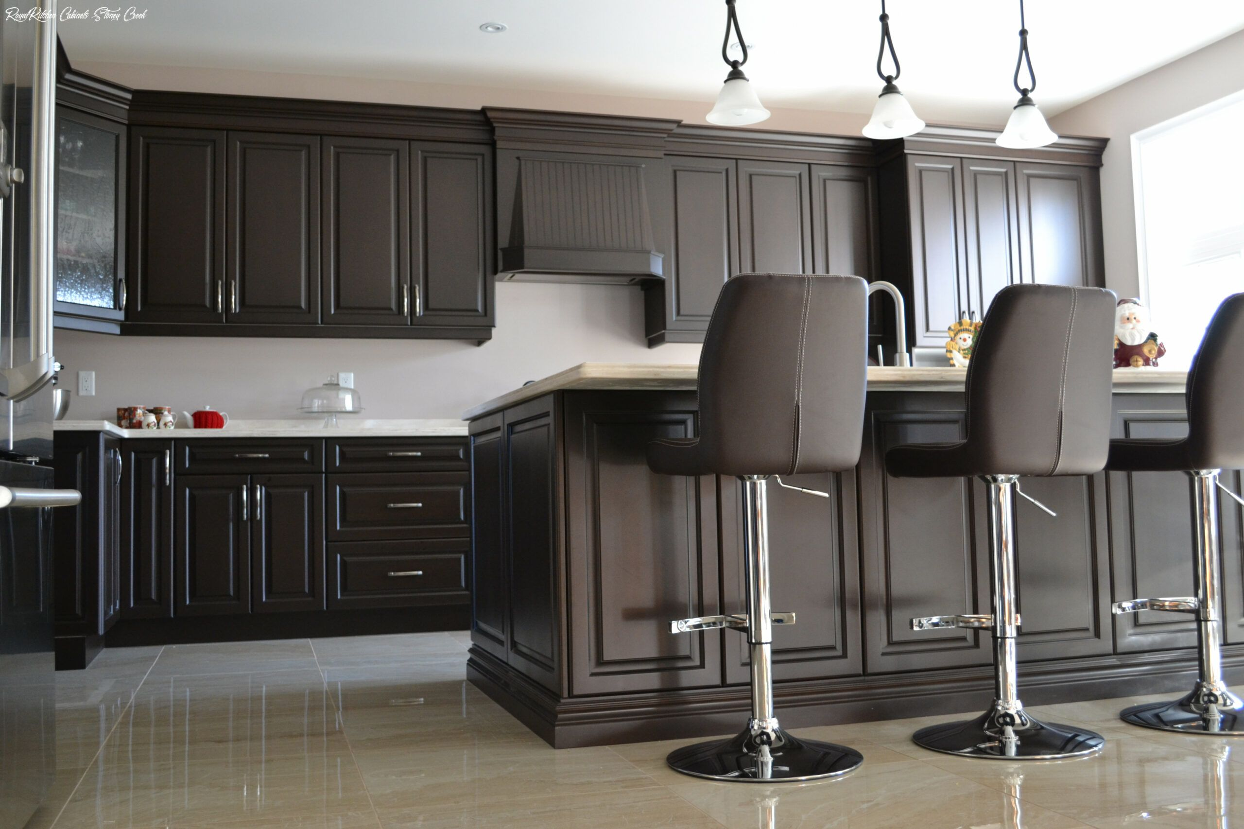 Royal Kitchen Cabinets Stoney Creek In 2020 Kitchen Design Kitchen Cabinets Kitchen