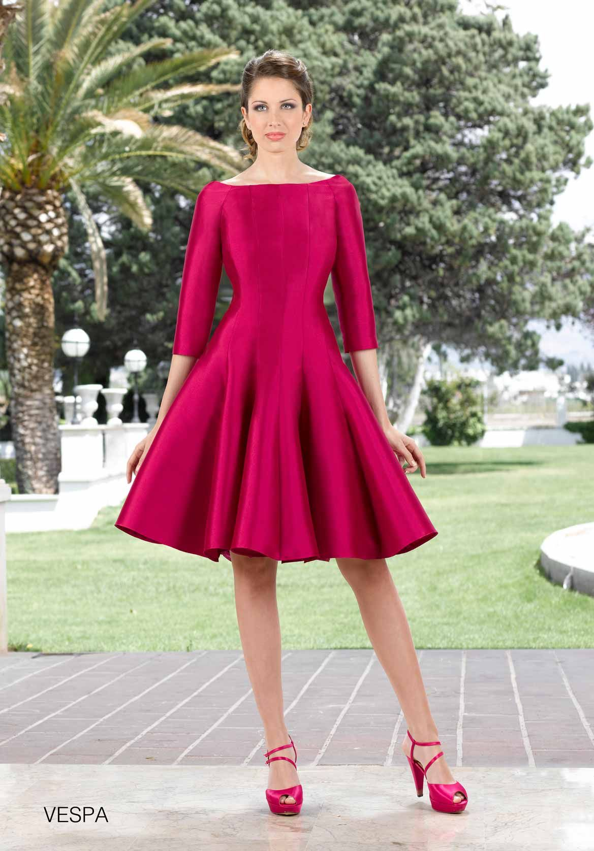 Plus size wedding dresses with red accents  Rosa Rueda colección   ENTRENOVIAS   a  Pinterest  Prom