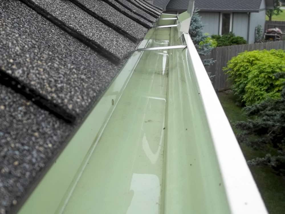Pressure Washer Gutter Cleaning In 2020 Cleaning Gutters Pressure Washer Gutter Cleaner