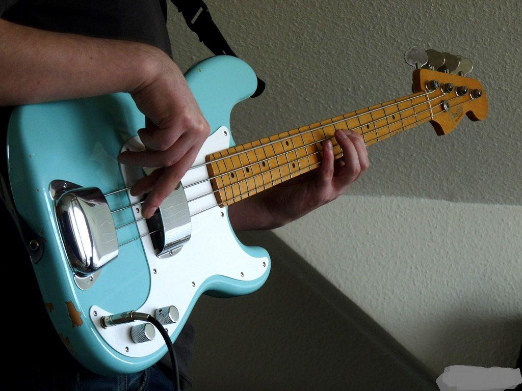 fender precision bass daphne blue precision bass in 2019 fender precision bass guitar. Black Bedroom Furniture Sets. Home Design Ideas