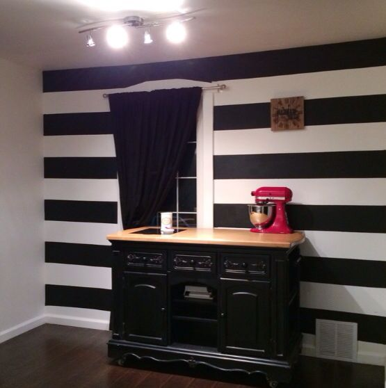 Cheap Impactful Accent Wall: Black And White Striped Wall With Red Accents