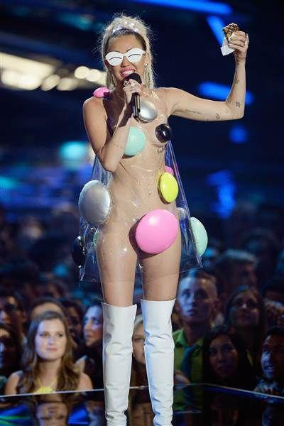 Miley Cyrus Shorts Vma