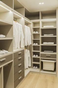 Custom Closet Design Ideas Which You Can Consider Closet Small