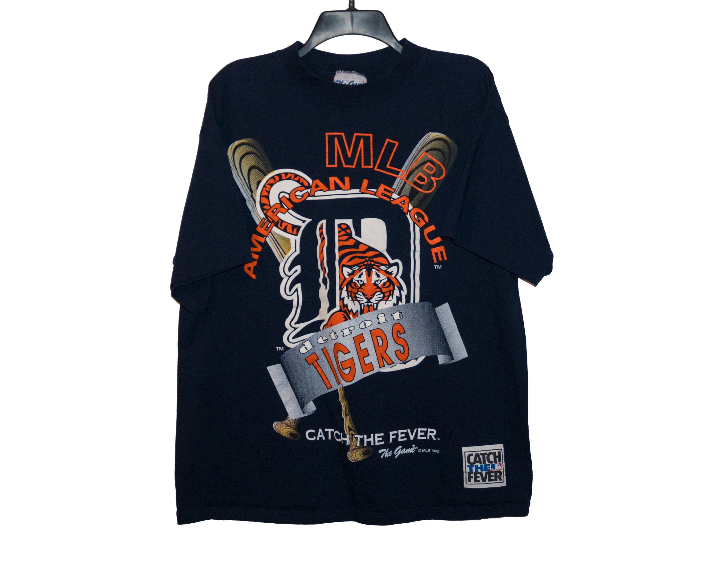 Vintage 90 S Detroit Tigers Mlb American League Catch The Etsy Navy Blue T Shirt Tiger Shirt Shirts [ 2400 x 3000 Pixel ]