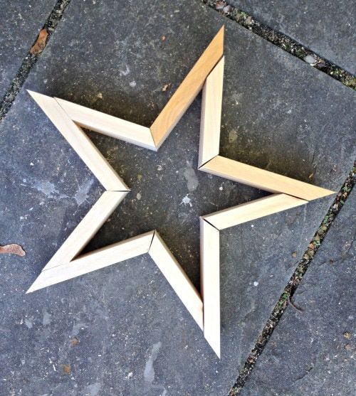 Photo of DIY Wood Stars – Jaime Costiglio