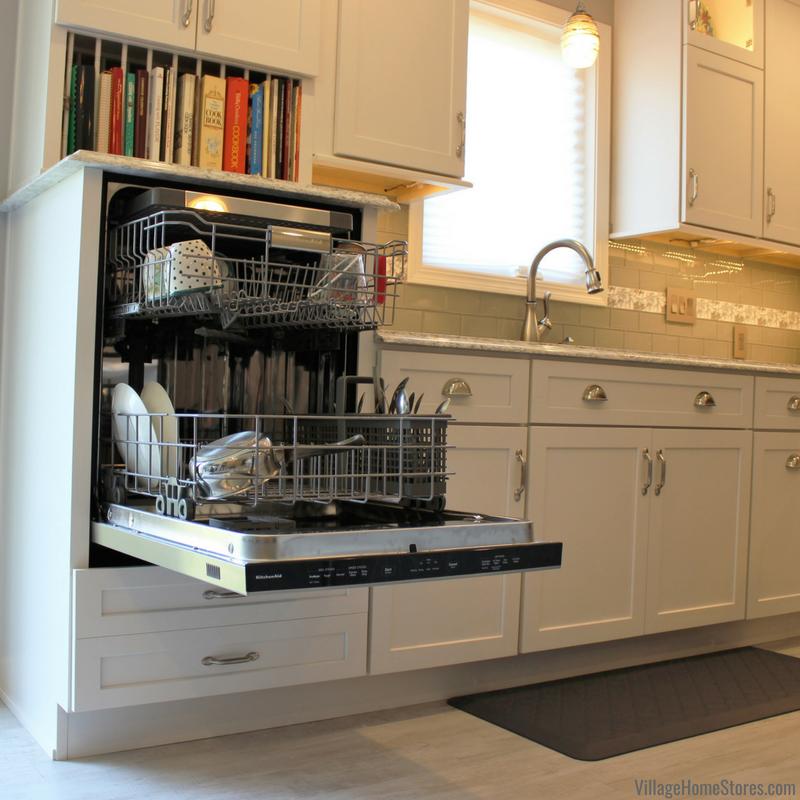 Kitchen With Raised Dishwasher And, Dishwasher Kitchen Cabinet