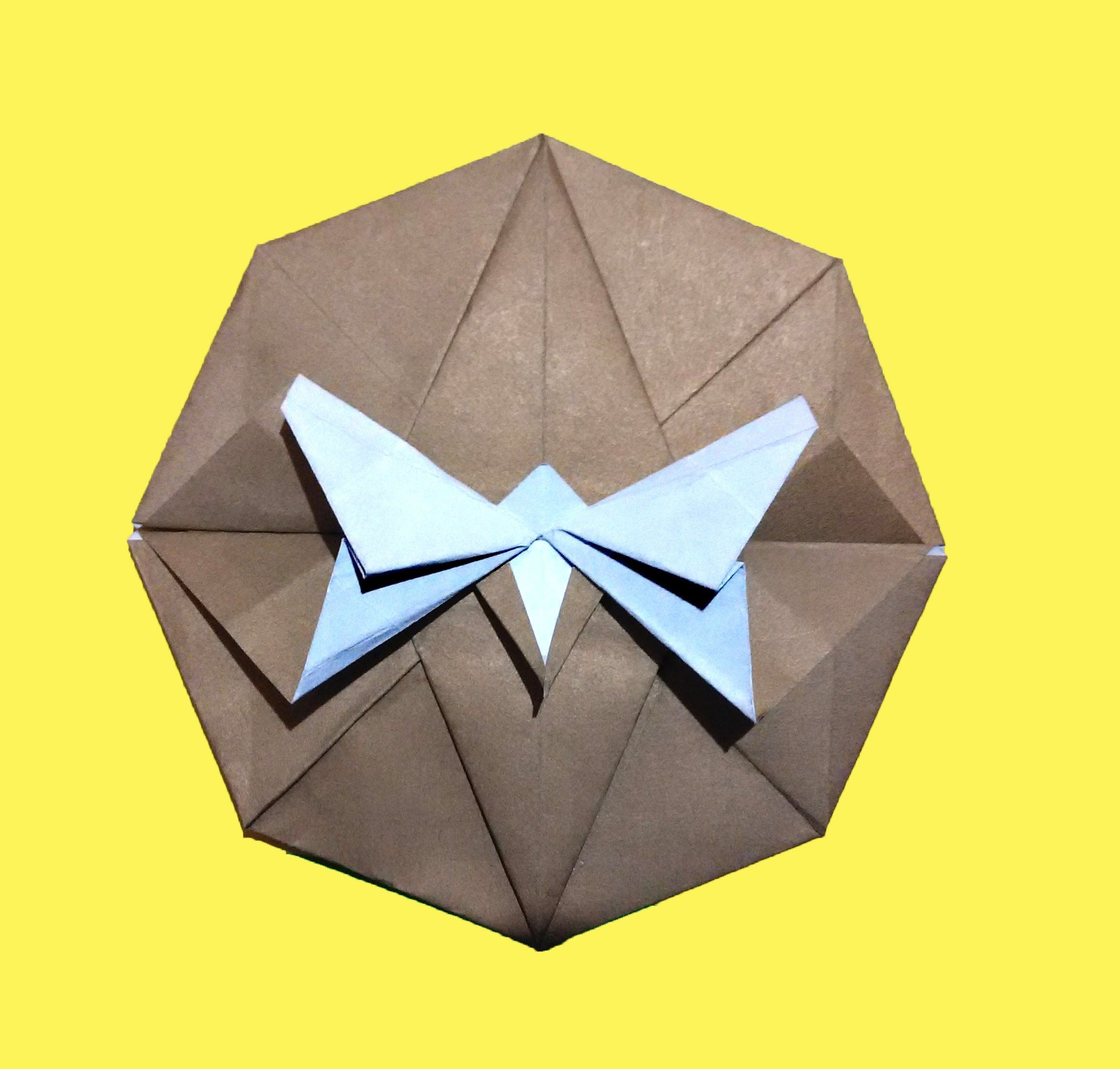 The envelope origami - the original design of the gift 3