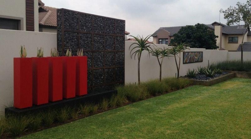 Mur et cl ture gabion id es pour le jardin en 33 photos pelouse mur et l - Cloture pour maison contemporaine ...