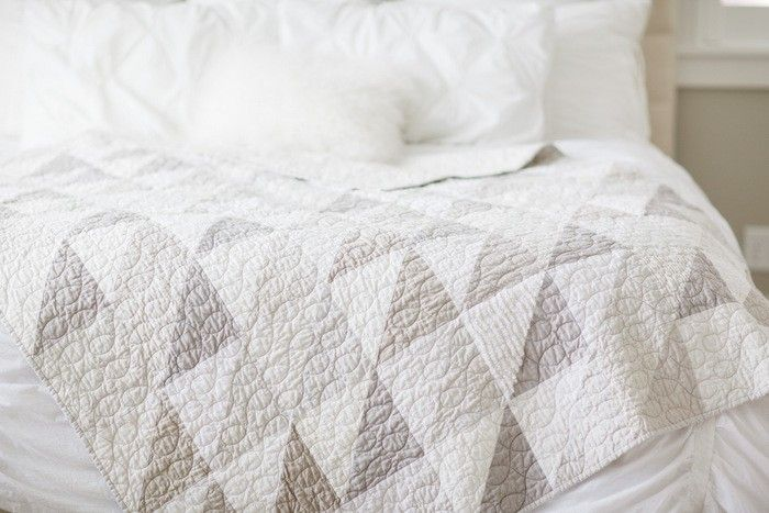 e4d2aa02f8742 Modern gray and white neutrals quilt | sew + craft | Neutral quilt ...