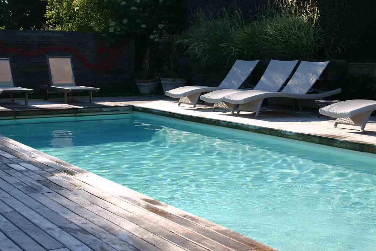 Small Boutique Hotel And Restaurant In The Coutryside In Normandy, Close To  Paris, Swimming Pool, Garden, Terrace