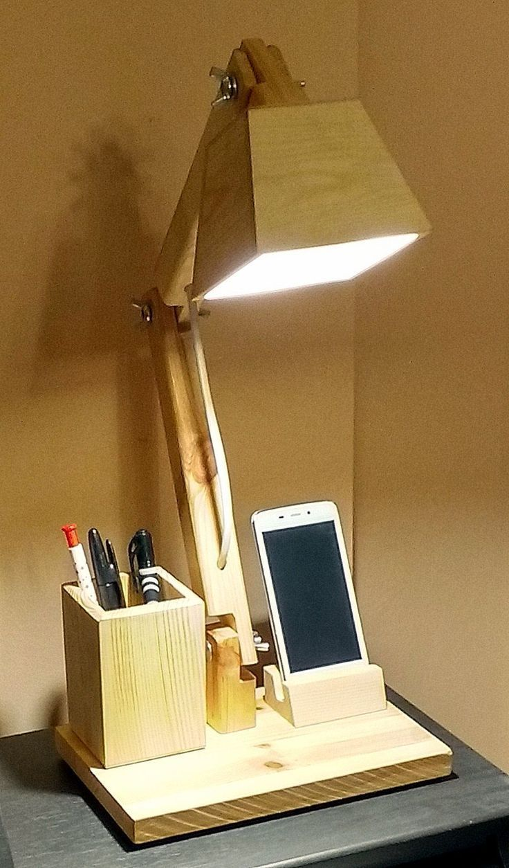 Beleuchtung Buroholzlampe Beleuchtung Buroholzlampe Beleuchtung Buroholzlampe Einfa In 2020 Houten Lamp Hout Diy Hout Lichten