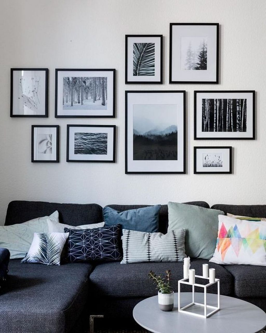36 Beautiful Living Room Wall Gallery Decorating I