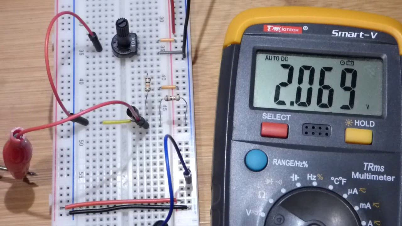 First test circuit of specific voltage capacitor charging