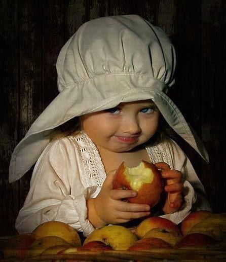 Çocuk & ELma #bebeklerveebeveynlik Çocuk & ELma #bebeklerveebeveynlik