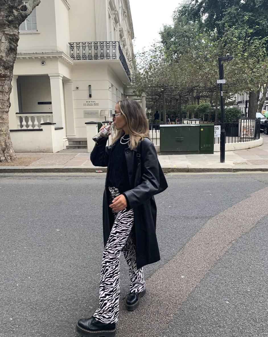 Zoven Trouser In 90 S Zebra Black And White In 2020 Fashion Inspo Outfits Fashion Fashion Outfits