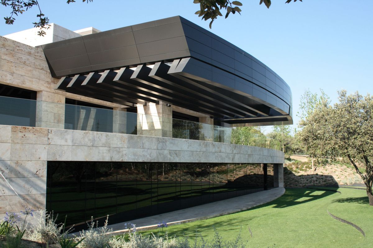 House in pozuelo de alarcón by acero architects half life and