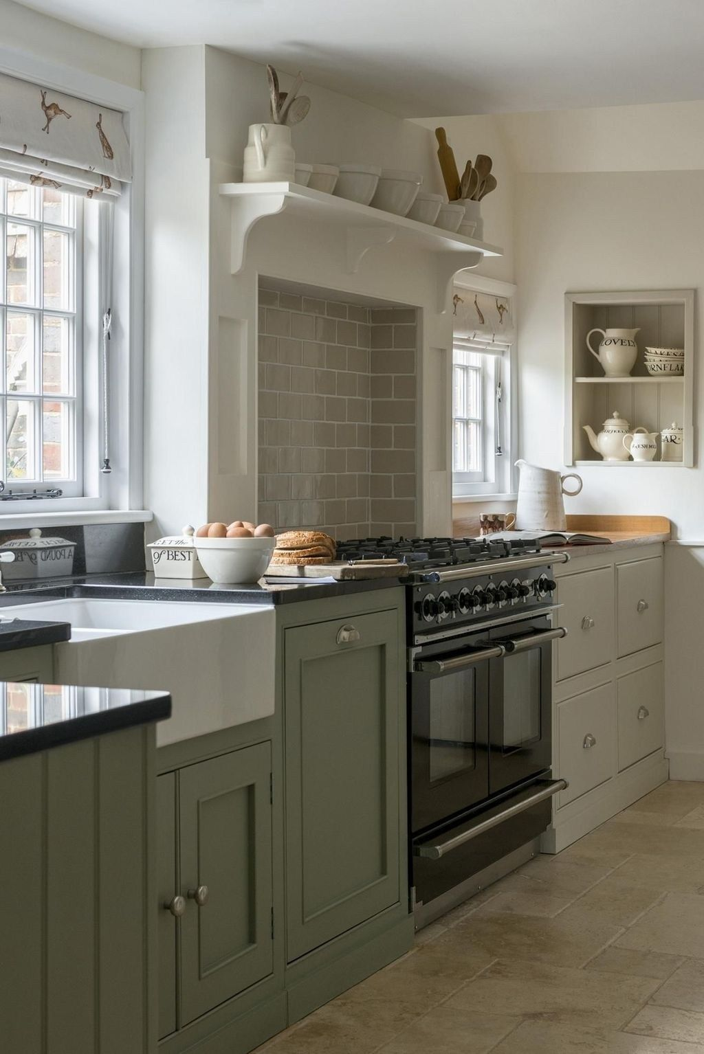 Gorgeous farmhouse kitchen ideas to get traditional accent