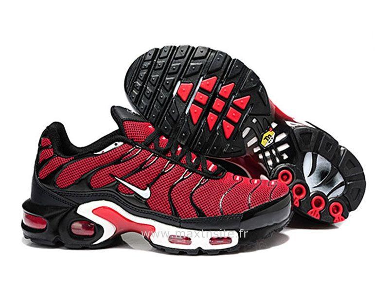 new product 37478 fea9e ... Chaussures de Nike Air Max Tn Requin Homme Rouge et Noir Chaussures Tn  Requin ...