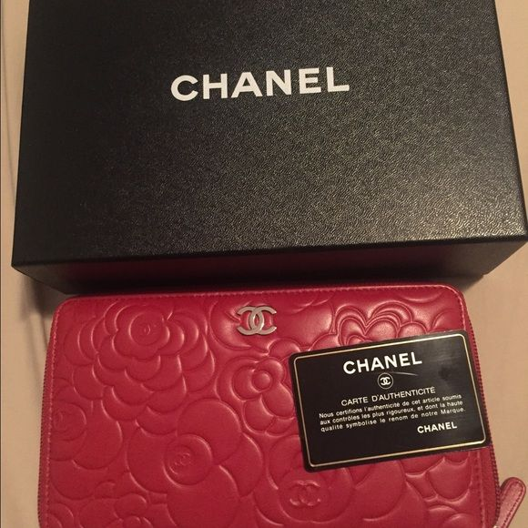 Chanel wallet New red Chanel wallet CHANEL Bags Wallets