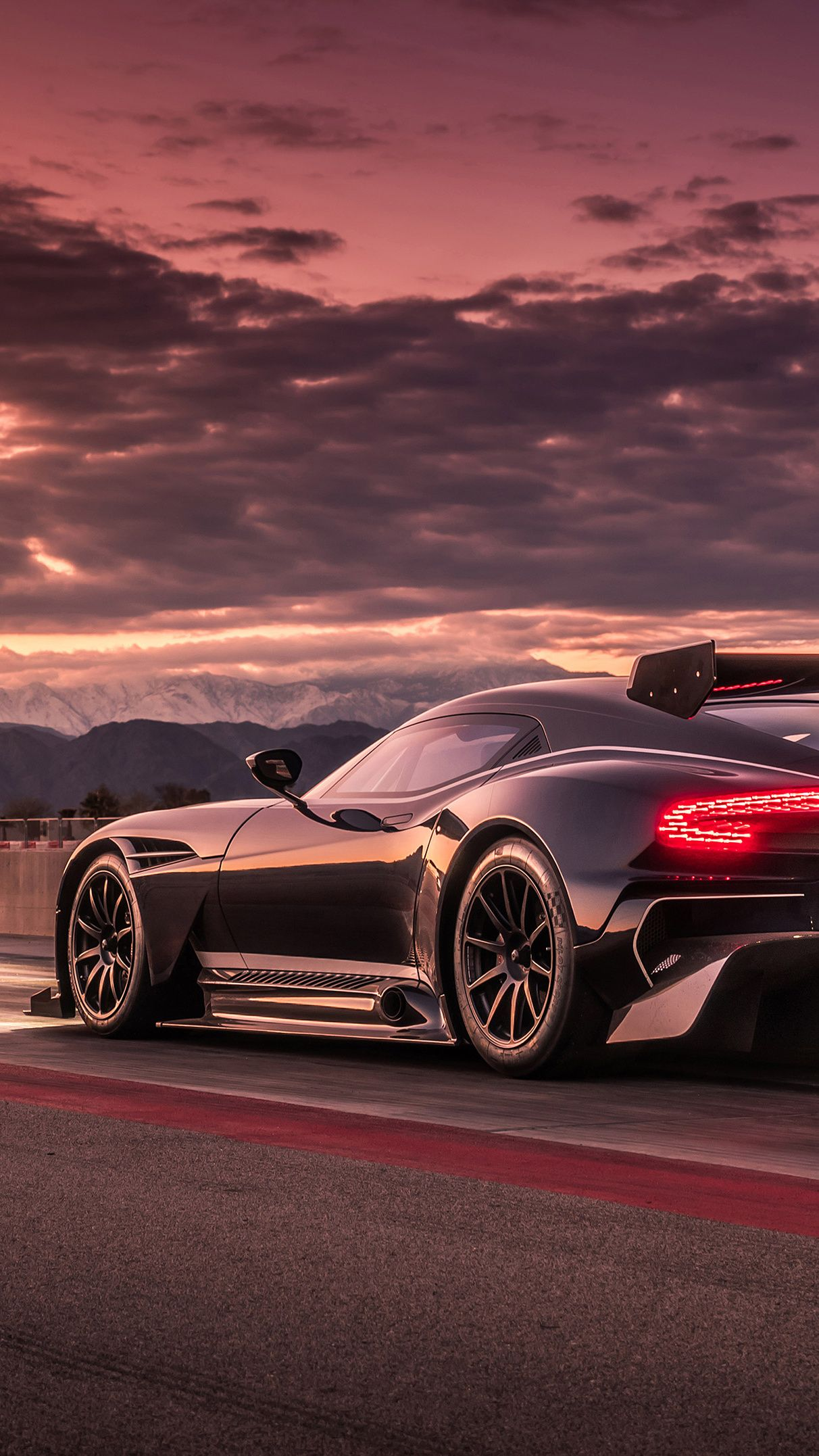 Pin By Faruk Icyar On Android Iphone Daily Wallpapers Aston Martin Vulcan Aston Martin Sports Cars Luxury
