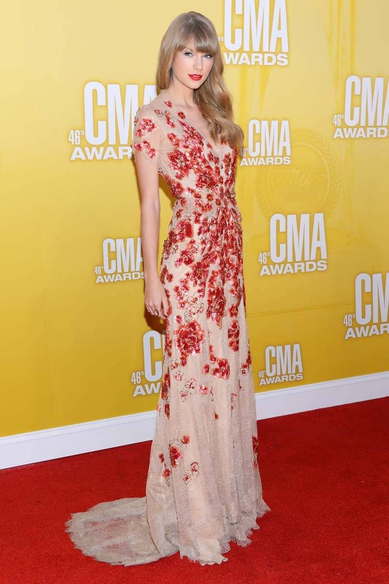 Best Looks: Taylor Swift | Country music awards, Jenny packham and ...