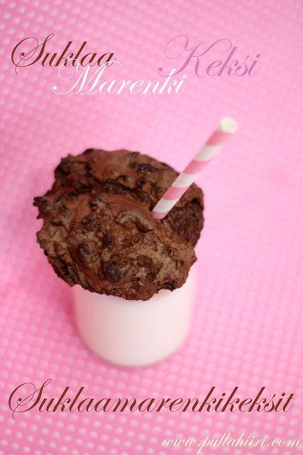 Pullahiiren leivontanurkka: Hyvää Uutta Vuotta 2012 - Suklaamarenkikeksit