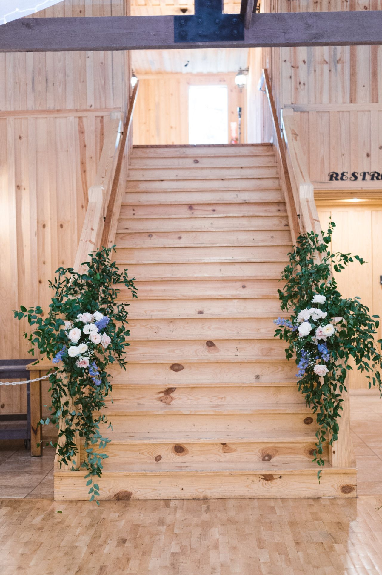 Poetry Hall Wedding Staircase Decoration Wedding Staircase