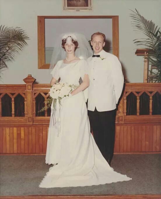 Diane And Dr Pol On Their Weddingday
