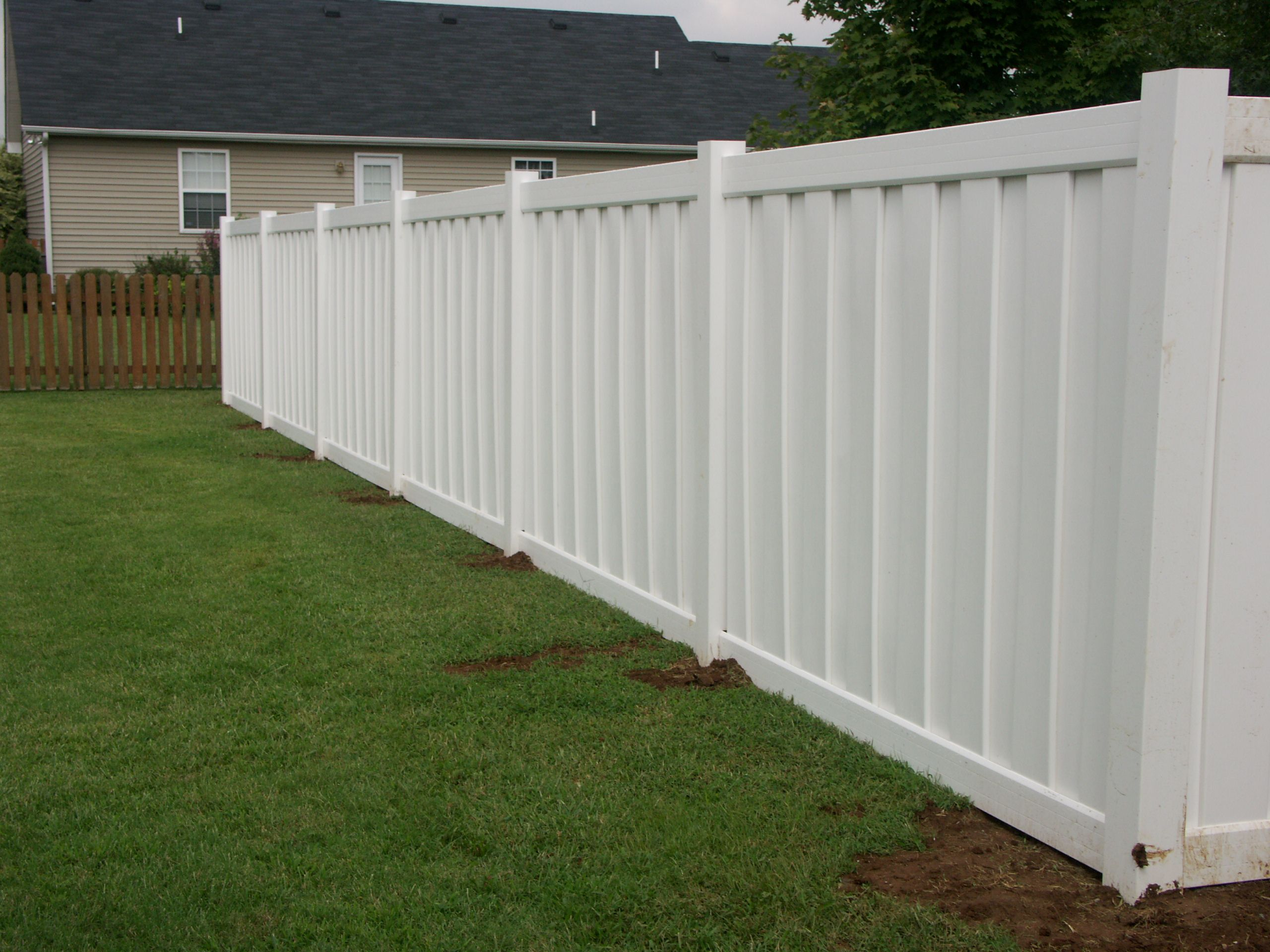 Vinyl Privacy Fence Is Acceptable But A Wood Post And