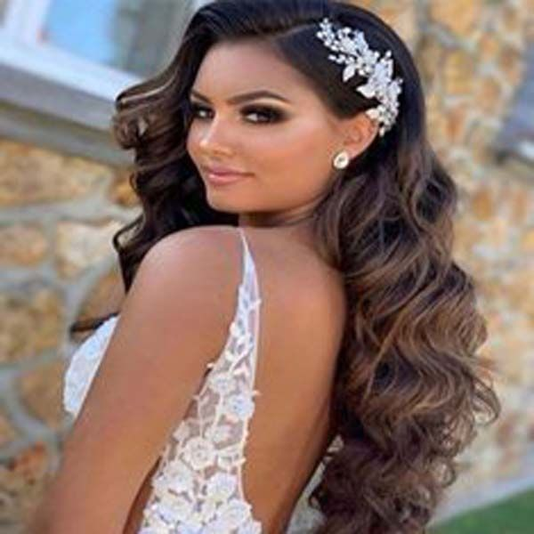 Get online Indian Bollywood hair extensions for lo