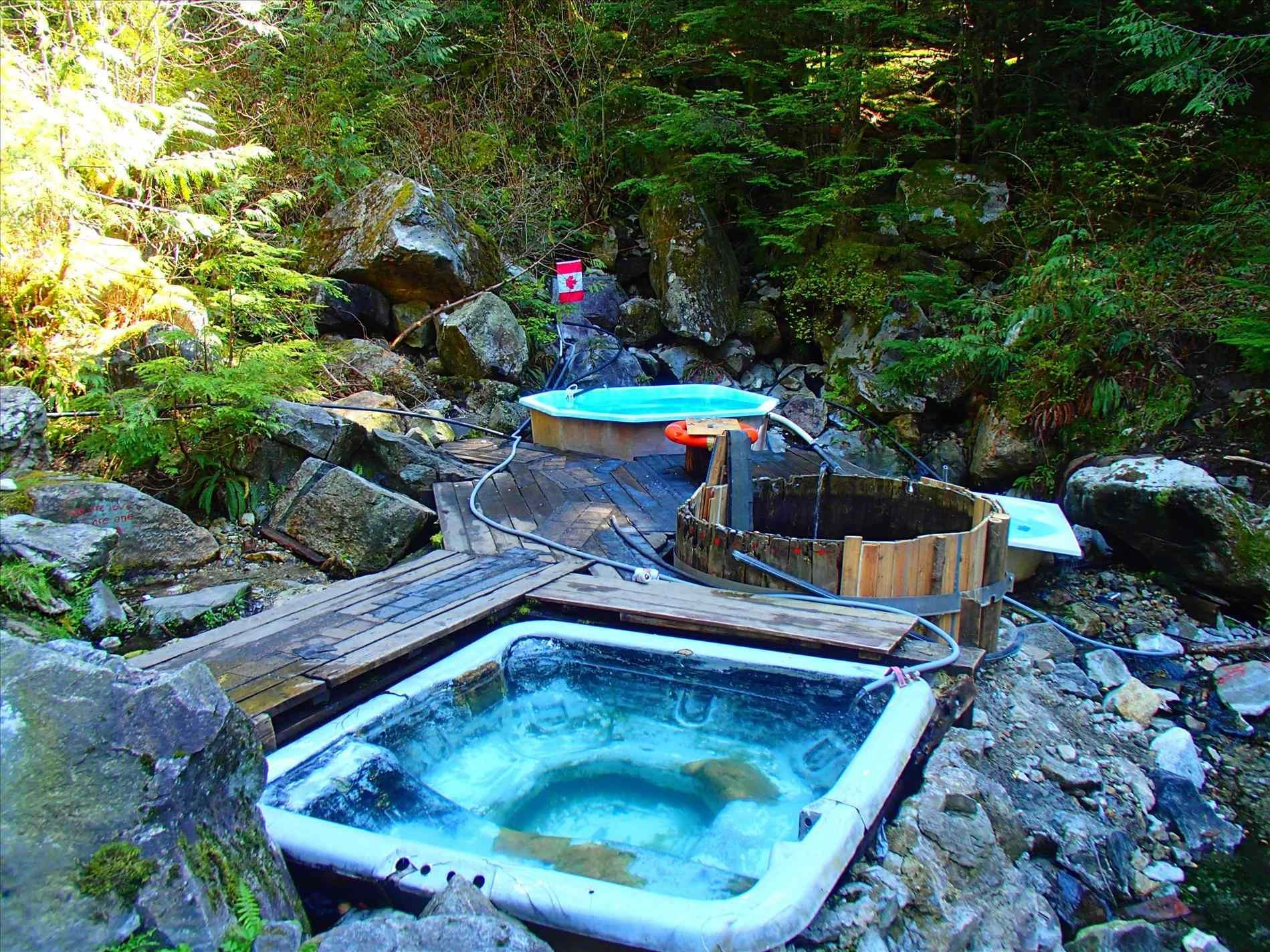 Pretty Salt Water Hot Tub inspiration for home relaxation #spa ...