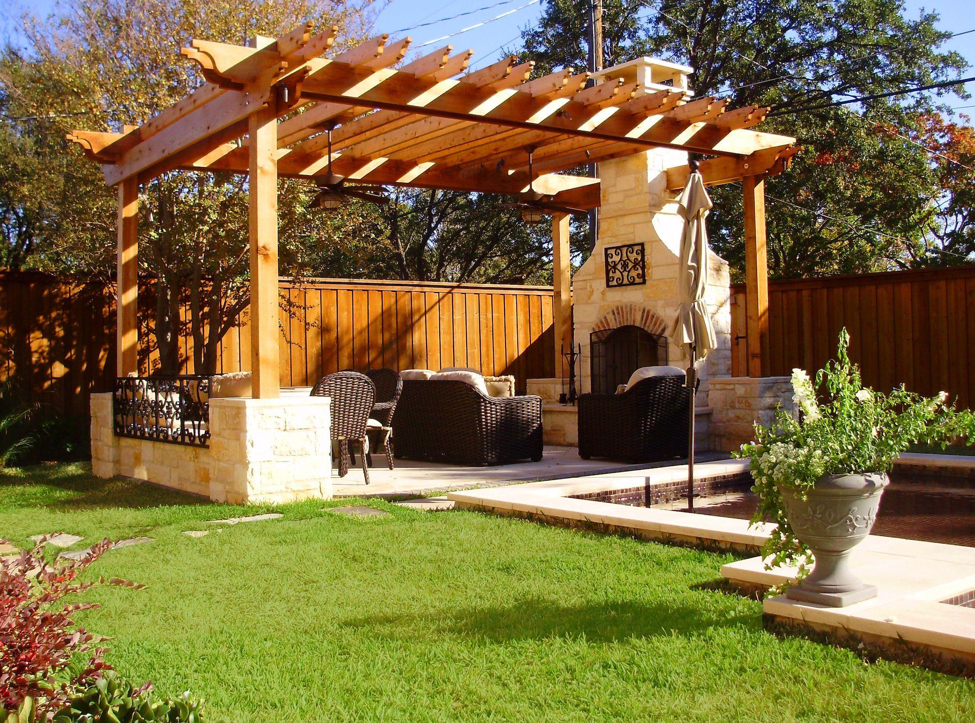 outdoor living with pergolas