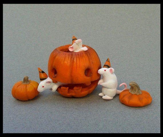 Halloween Decor, Miniature, Rat, Jack O Lantern, Pumpkin Decor, Home Decor, Autumn, Fall Gifts, Rats, Mouse