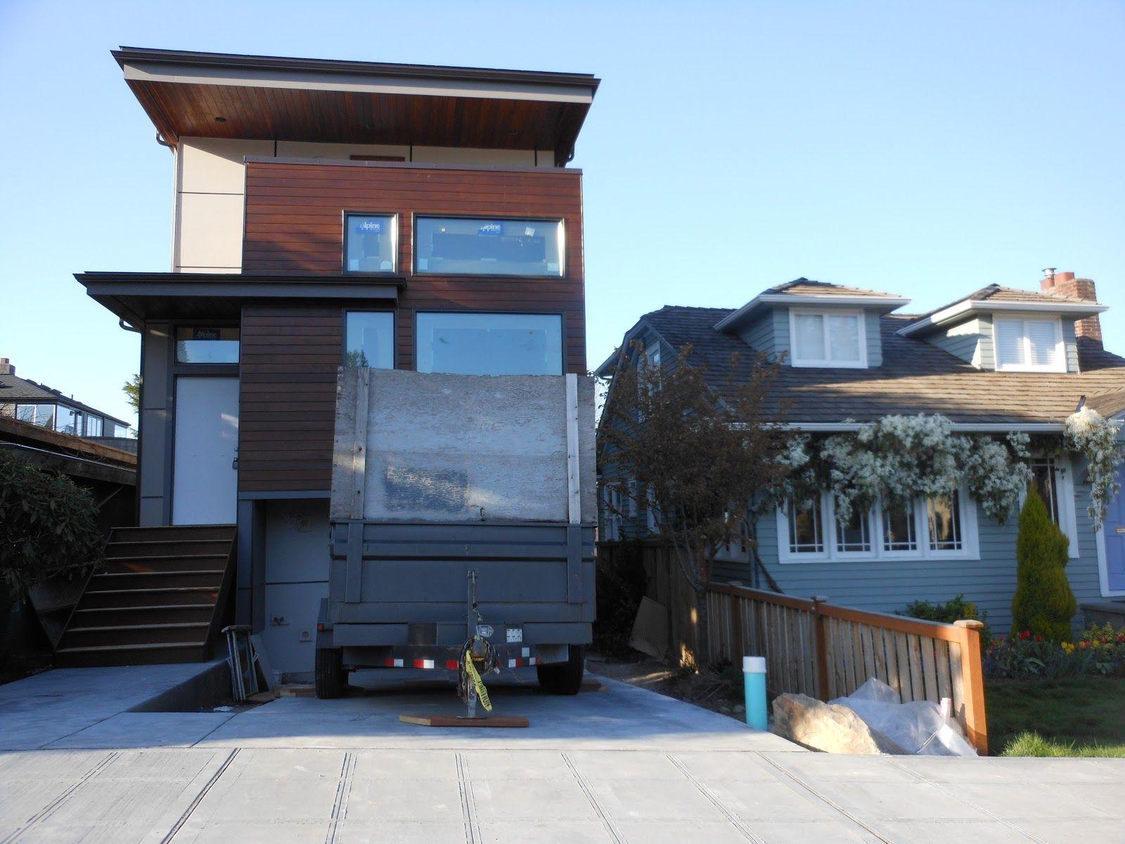 Modern flat roof garage skinny house design for Flat roof garage designs