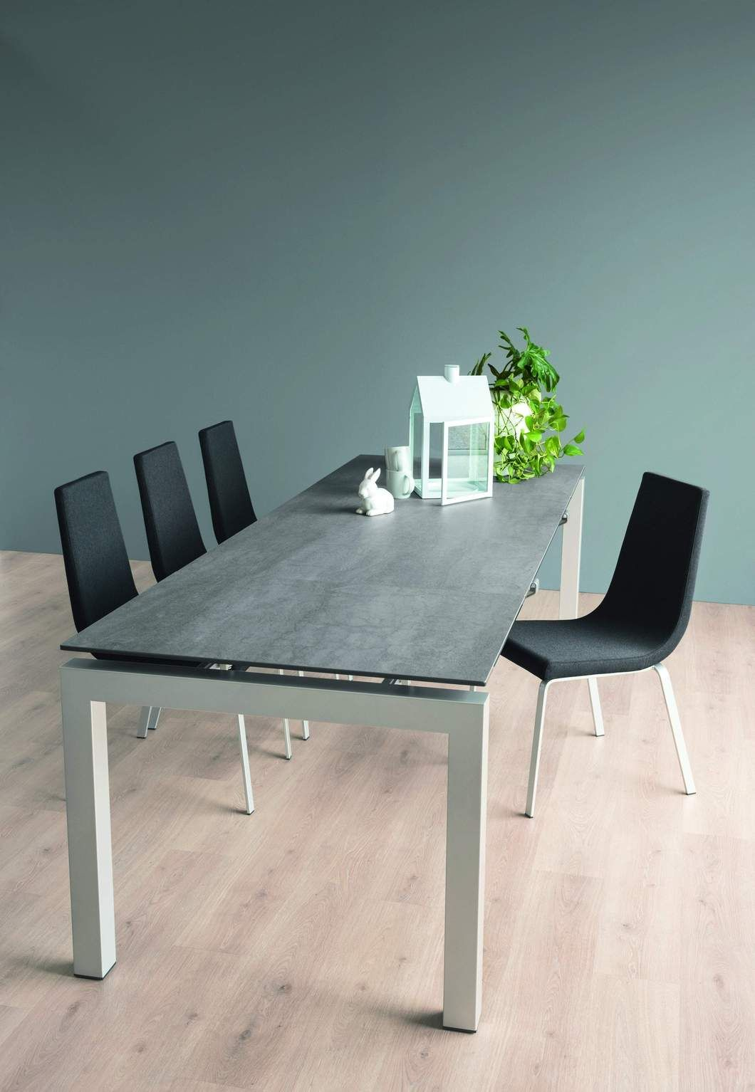 Connubia Airport Extendable Dining Table Dining Table Glass Top