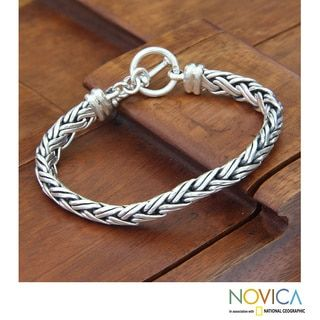 Connected Lives Elegant Toggle Clasp Braided 925 Sterling Silver Silver Womens Bracelet (Indonesia)