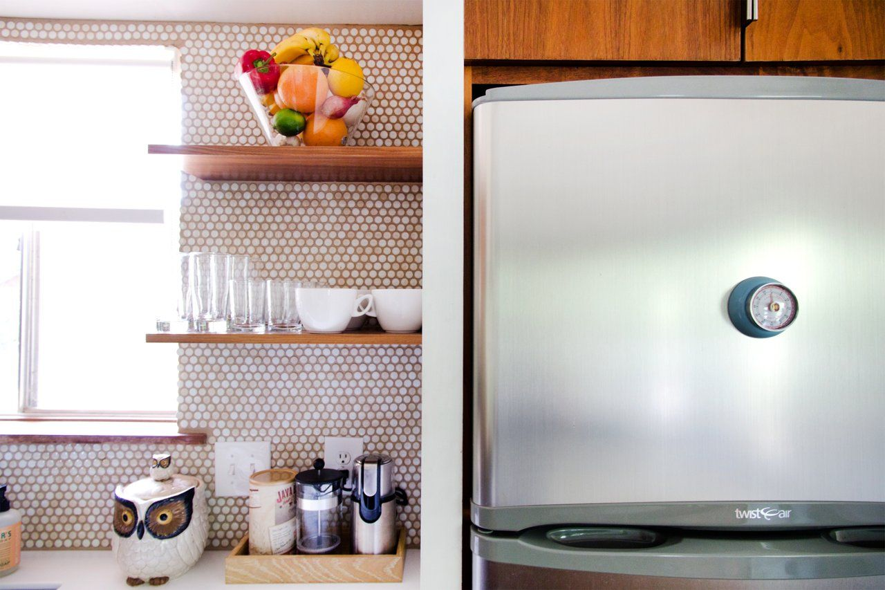Monique Lavie S Minimal And Modern Love The Open Shelving And The Honeycomb Backsplash