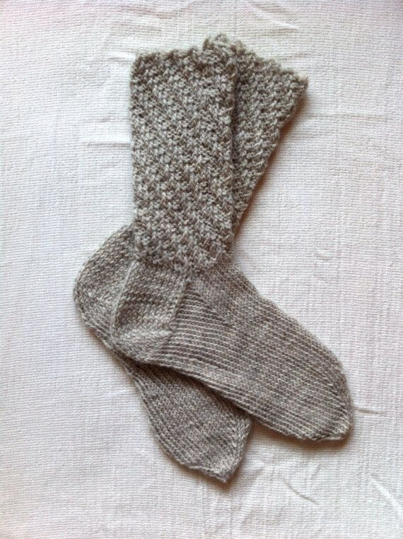 Handknitted Adult Unisex Wool Socks size MEDIUM by WittyNitty,