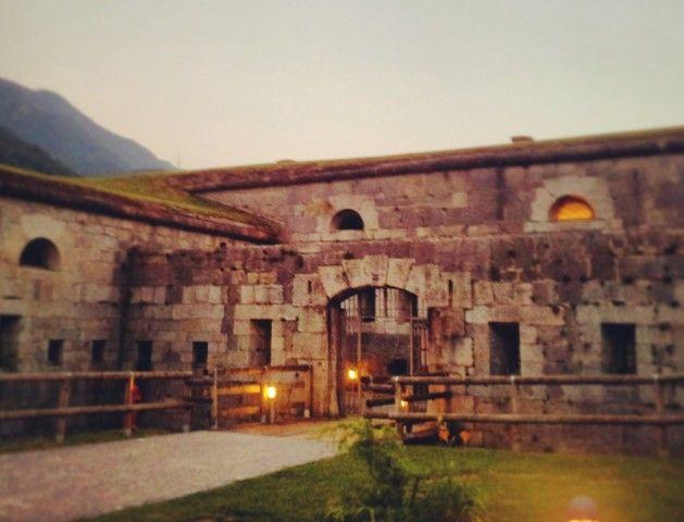 Location di #charme in #Trentino: fascino della storia in Val del Chiese a Forte Larino. #culture #history #nature #Dolomiti