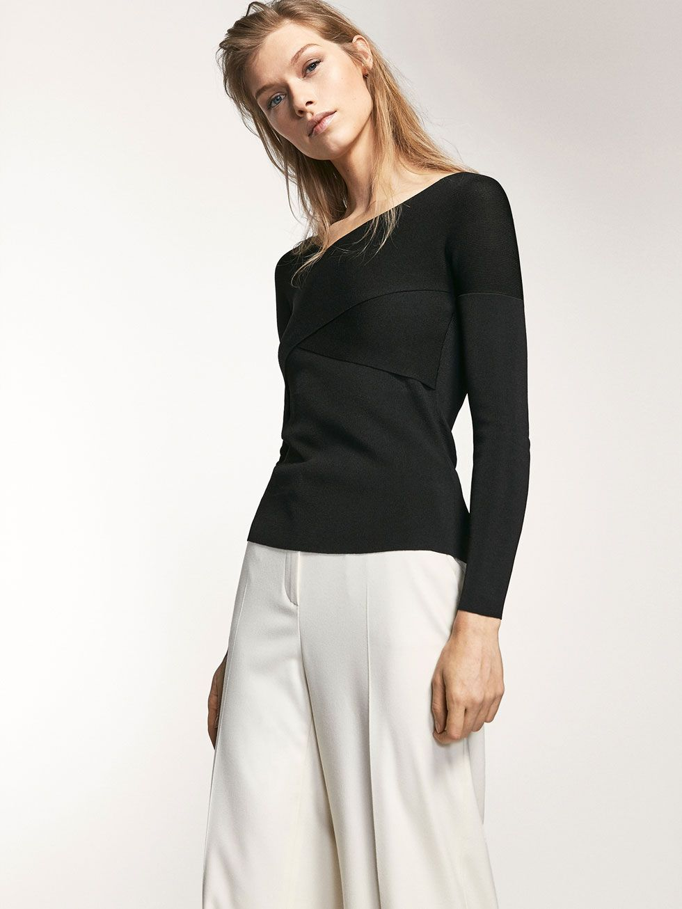 Autumn Spring summer 2017 Women´s CROSSOVER KNIT SWEATER at Massimo Dutti for 94.5. Effortless elegance!