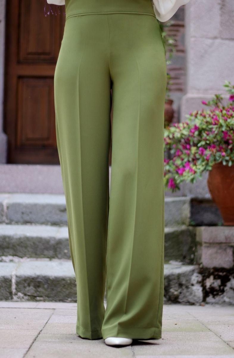 Bayan Bol Pantolon Modelleri Http Www Gelinlikvitrini Com Bayan Bol Pantolon Modelleri Pantolon Moda Trendler