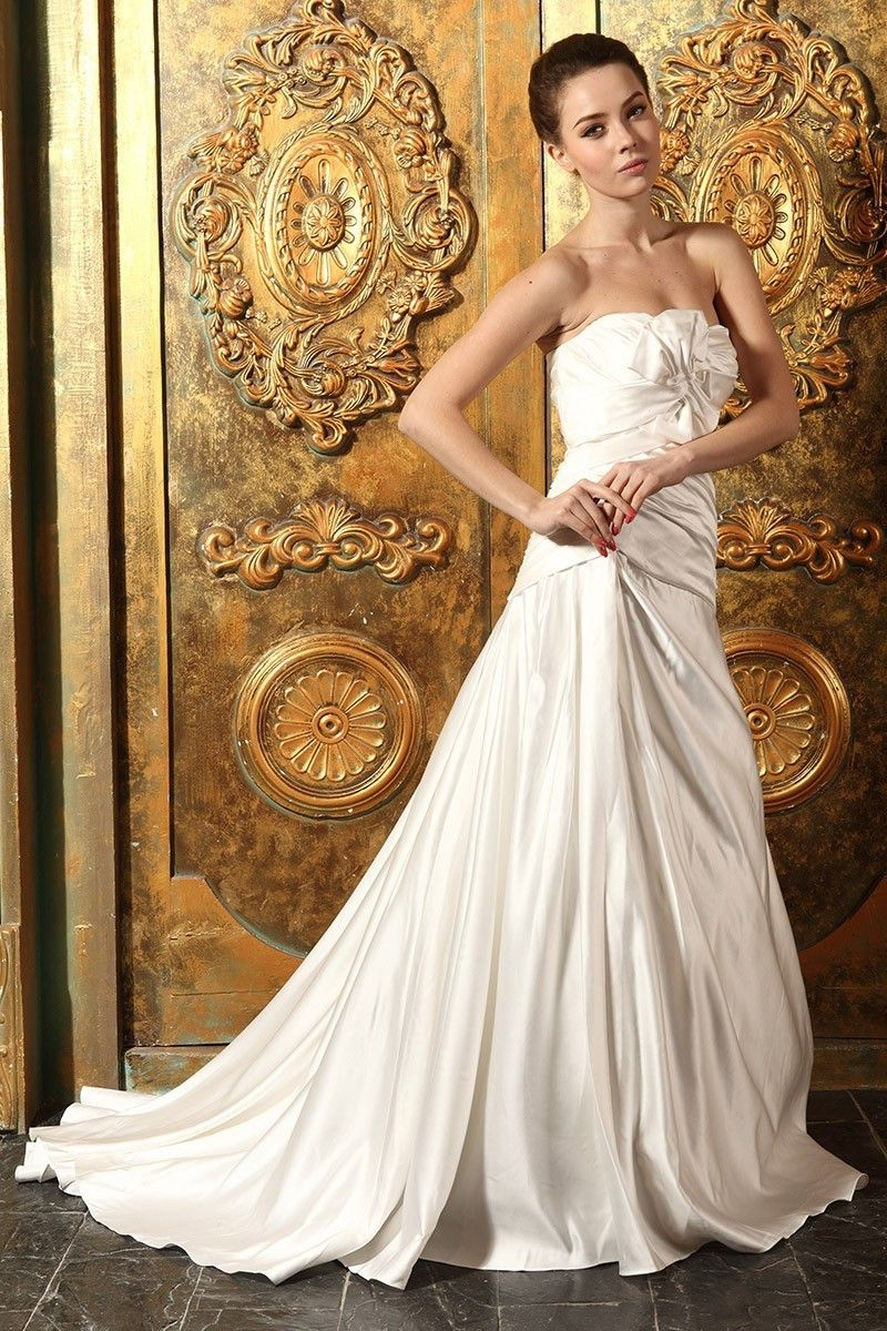 Beautiful mermaid strapless ruched satin wedding dress