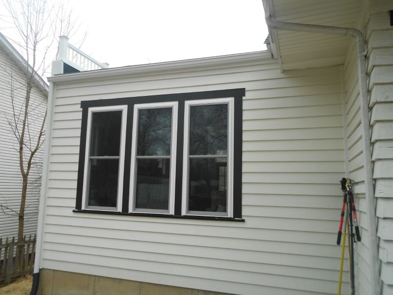 After Picture Of The Artisan By James Hardie Siding In Arctic White The Difference Between Artisan And Jh La Hardie Siding James Hardie Siding Masonite Siding