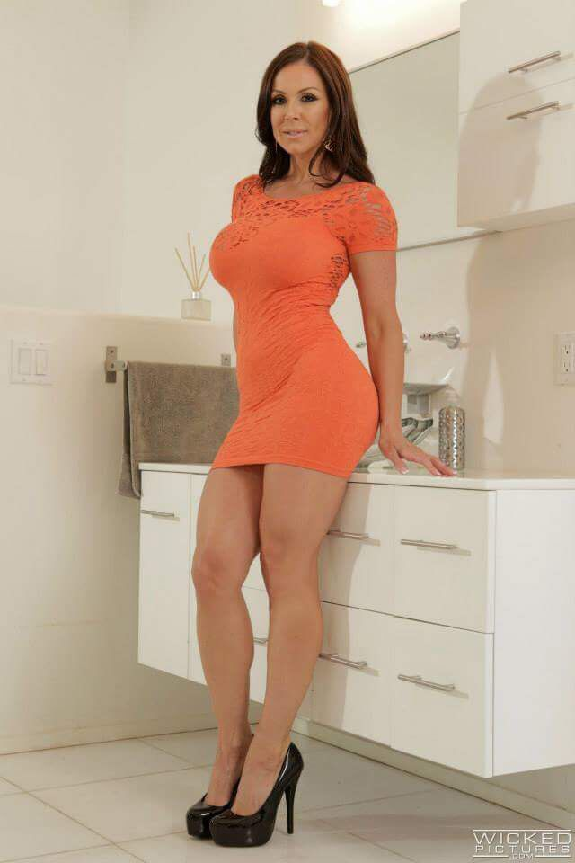 Milf ol in colourful dress