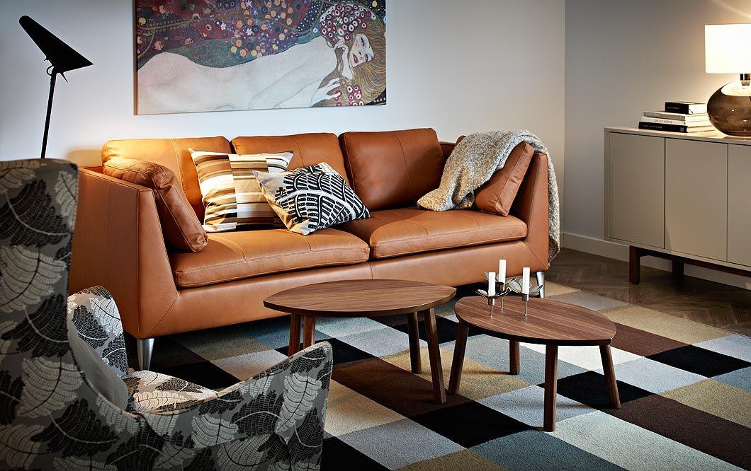 Ein Wohnzimmer Mit STOCKHOLM 3er Sofa Bezug Seglora In Naturfarben