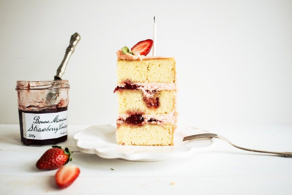 Strawberry Jam and Vanilla Birthday Cake Cakes and sweets