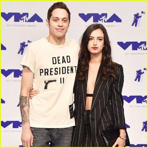 Pete Davidson Brings Girlfriend Cazzie David To Mtv Vmas 2017 Mtv Pete Davidson
