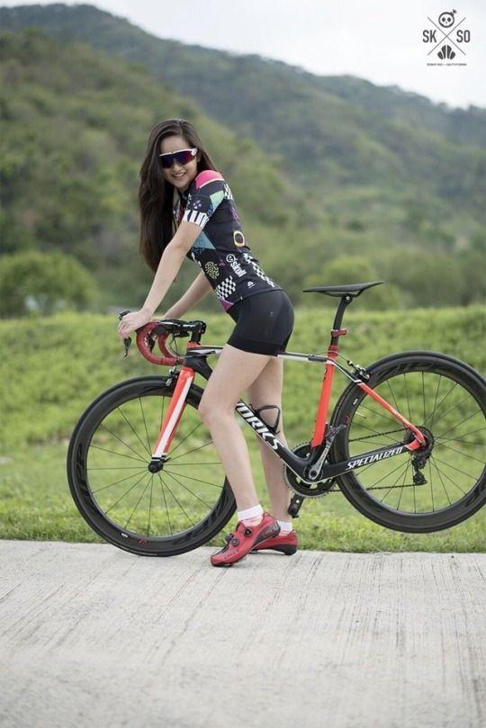 Cute Women And Girls On Bikes Road Bike Girl Female Cyclist Cycling Women