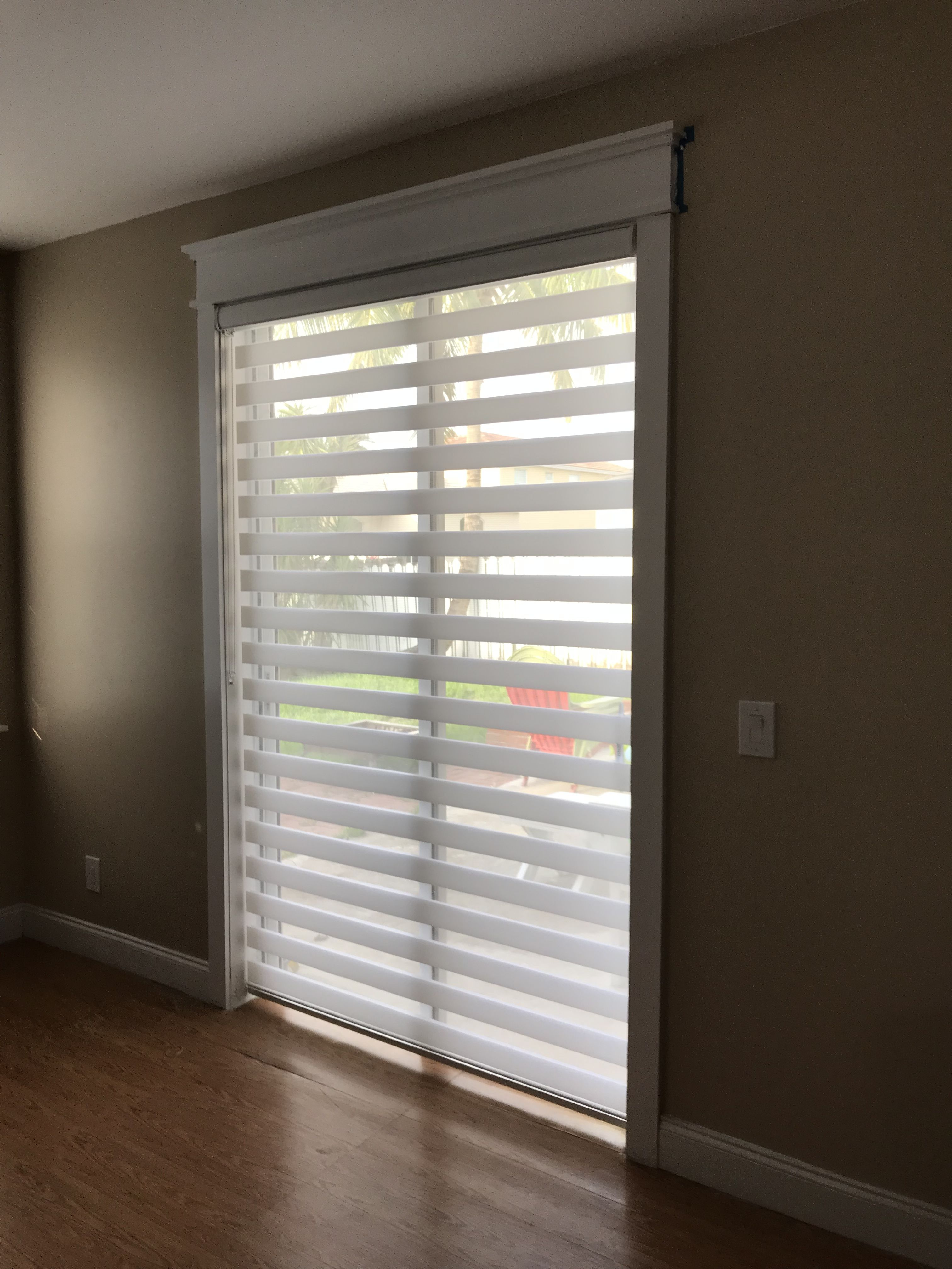 White Zebra Illusion Privacy Shade By Elite Decor Miami Elite